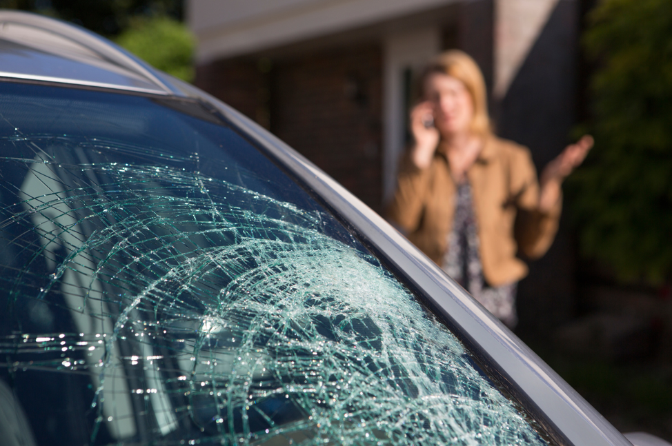 Does A Cracked Windshield Always Need To Be Replaced?