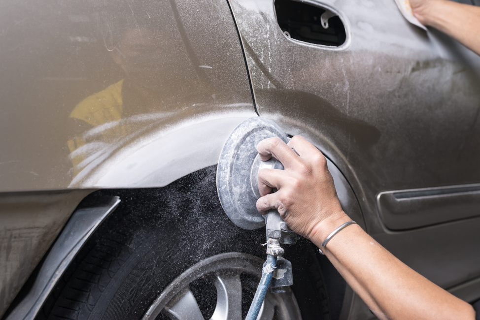 What Can A Glendale Heights Auto Body Repair Shop Do For Your Vehicle?