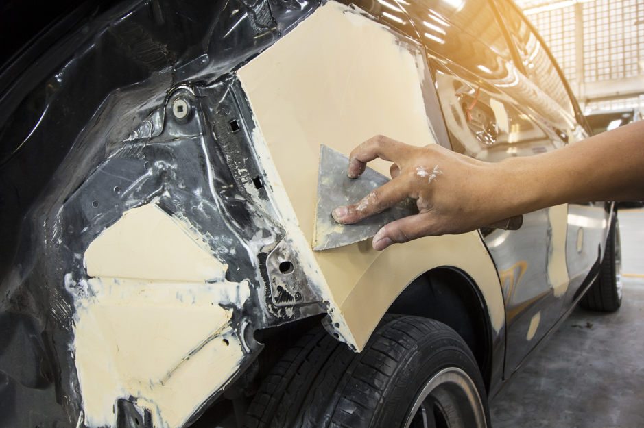 Five Common Auto Body Repairs In Bensenville, Illinois